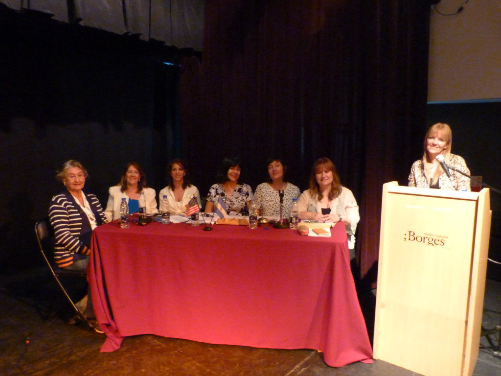 from right to left: Nila Clemente, Graciela Martin, Monica Gandolfo, Maria Susana Gonzalez, Analia Mariniello, Ana Maria Rocca, Elena Diez